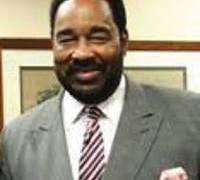Lee Holloway, the first African American Chair of the Milwaukee County Board, Dies at 71