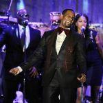 R. Kelly playing Milwaukee Christmas show