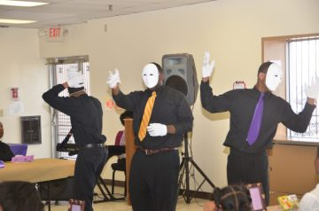 Special tribute through miming