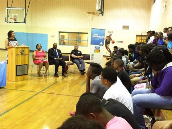 State Senator Nikiya Harris Dodd talks with teens about the dangers of distracted driving at the Mary Ryan Boys & Girls Club.