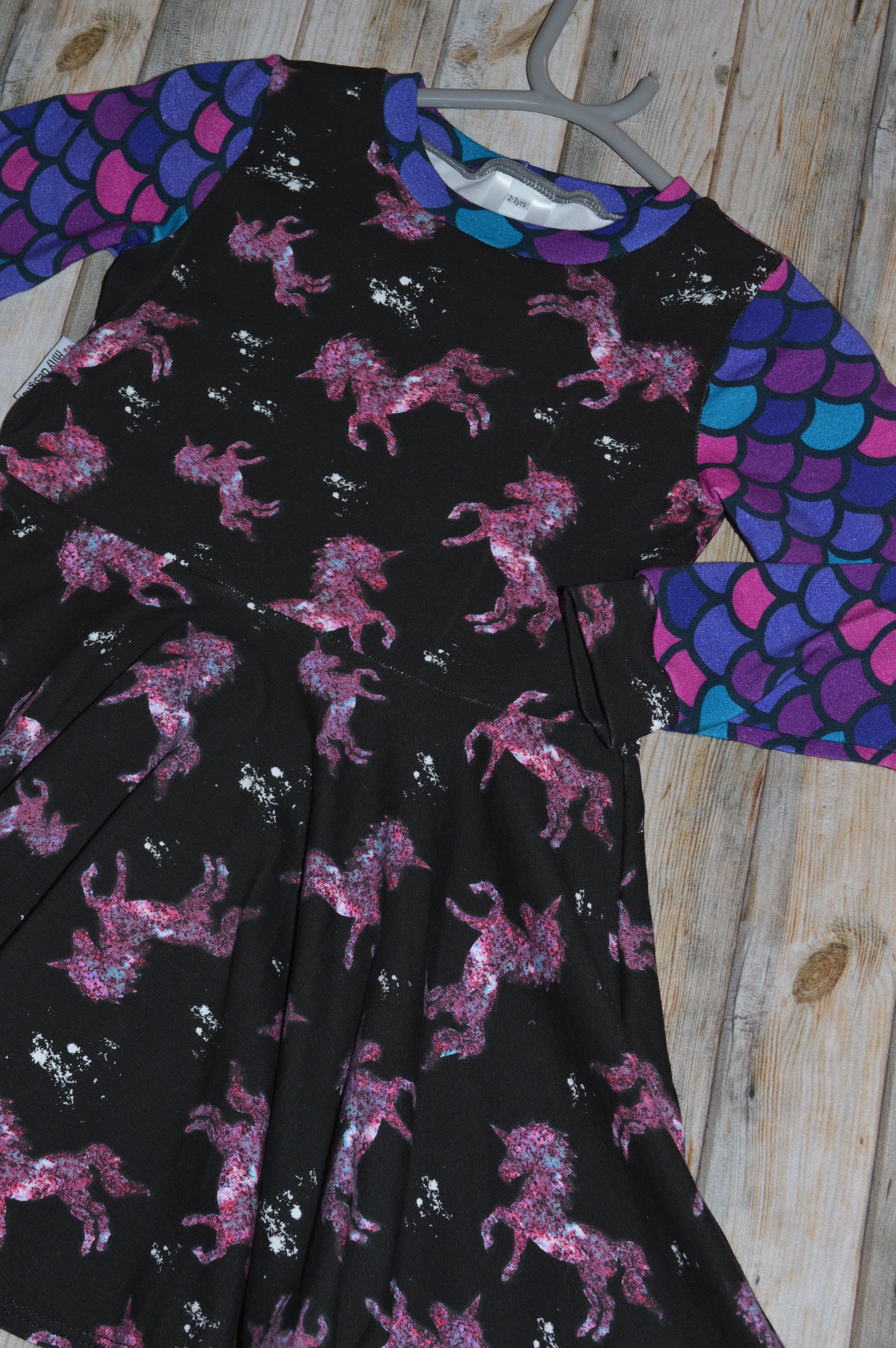 in stock – spin dress unicorns – size / age 2-3 years