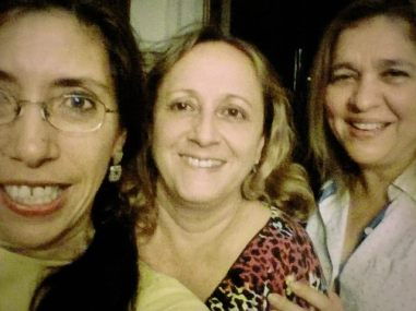 Arreglando el mundo con Gabriela Selser y María Mercedes Mendoza (periodistas). Managua, marzo, 2014.
