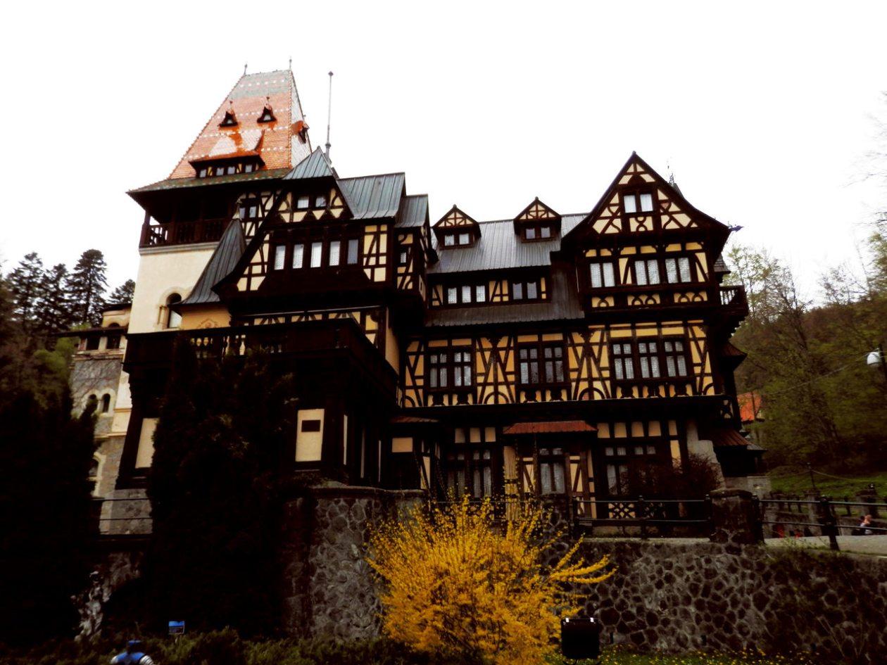 Castelul Pelisor Rumania