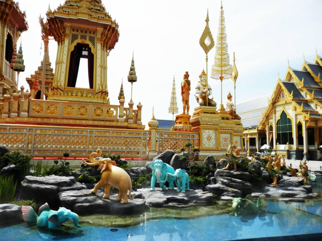 Bangkok-Crematorio_Easy-Resize.com