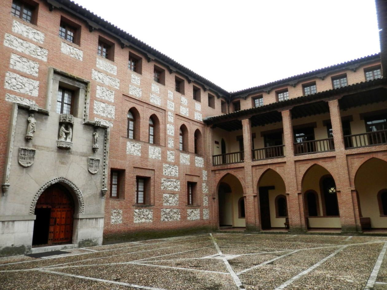 Castillo la Mota Valladolid