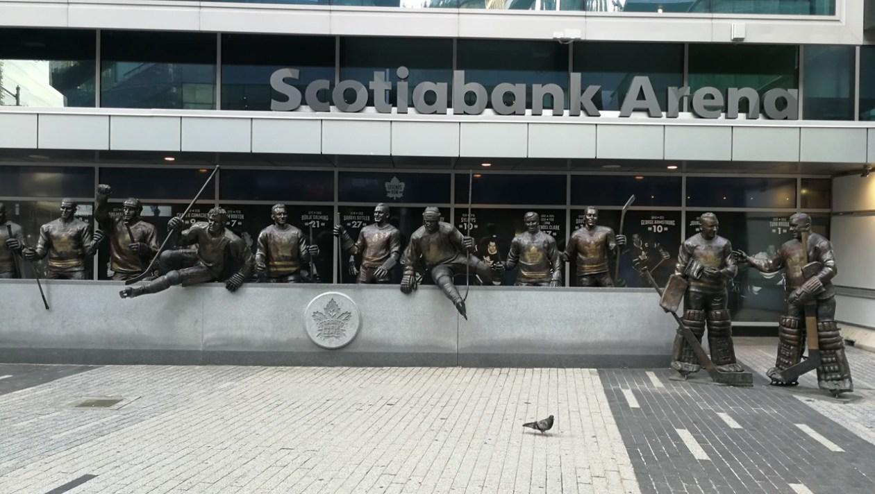 Estatua Hockey Toronto