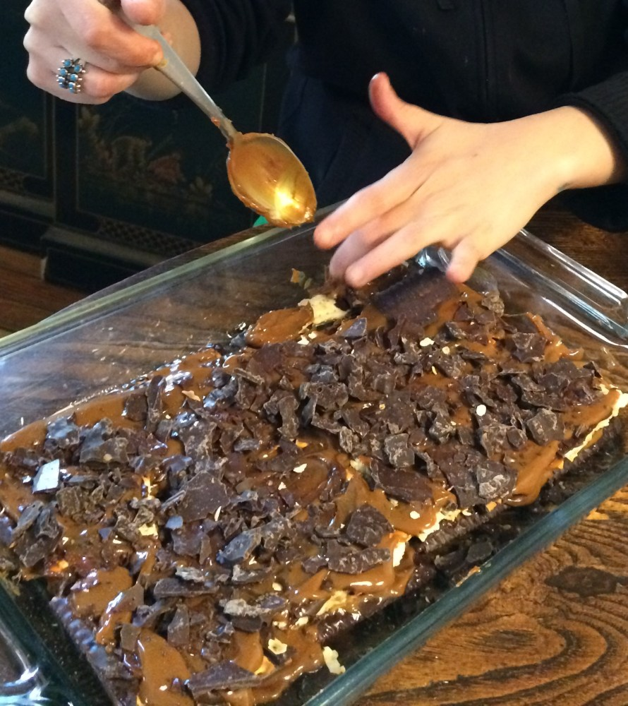 Passover Dessert - Matzahmisu! (2/4)