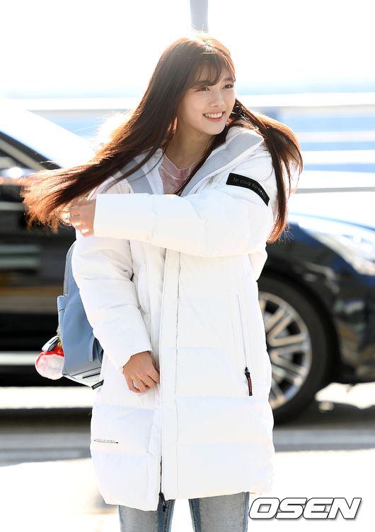 [사진]김유정,'빛나는 긴 생머리'