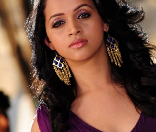 Bhavana Photos Pictures