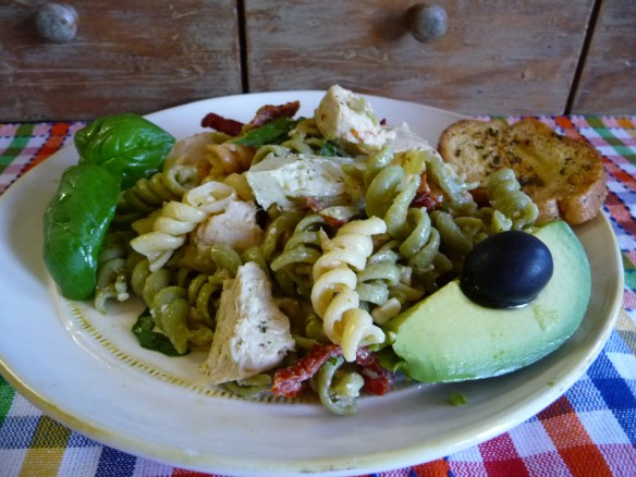 warm Mediterranean chicken pasta salad