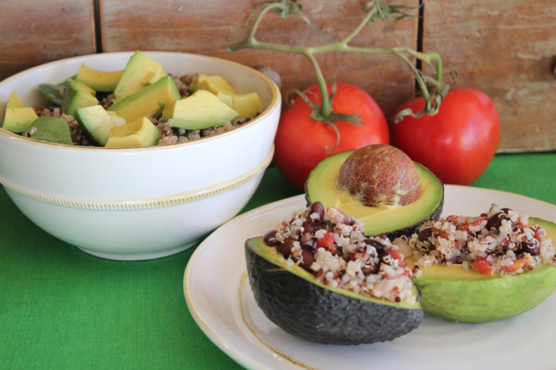avocado salad with quinoa, spinach and black beans