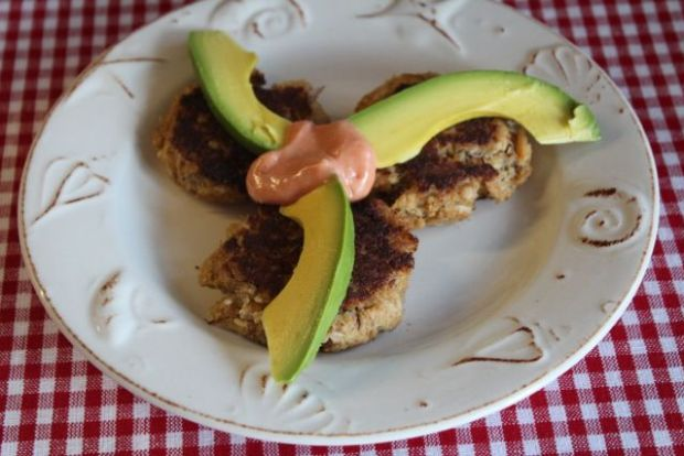 Crab Cakes and Avocado