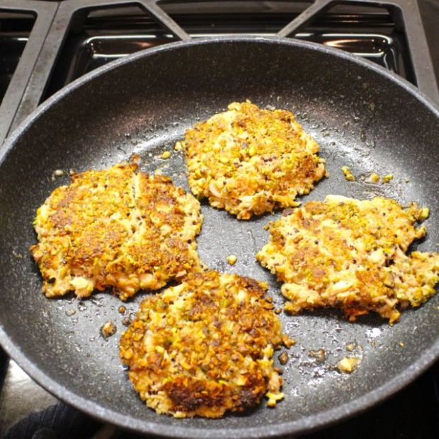 crabcakes-browned