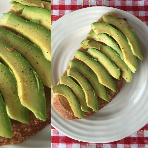 sliced Fuerte avocados