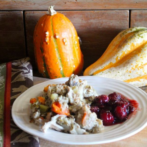 Cheaters' Thanksgiving casserole with cranberries