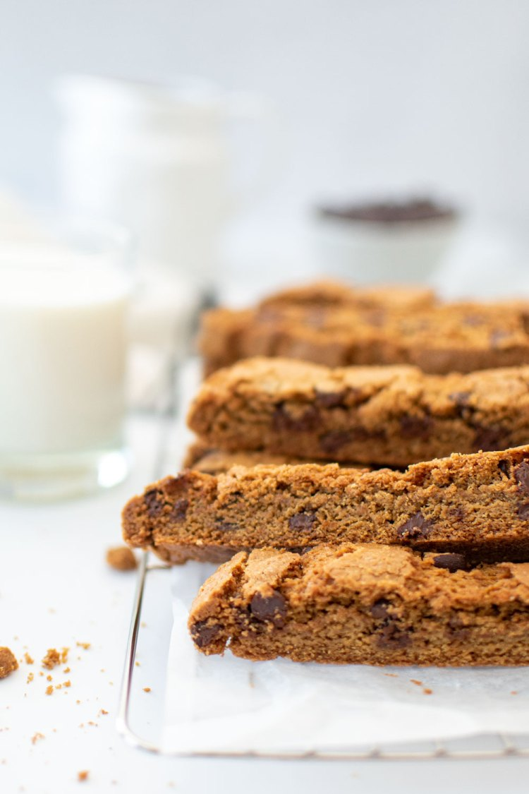 Easy and delicious Chocolate Chip Biscotti recipe. Just like a classic chocolate chip cookie but in biscotti form. This recipe is easy and makes for the best dipping cookies you've ever had! Versatile Chocolate Chip Biscotti can be made gluten free and also baked at high altitude. #chocolatechipcookies #biscotti #organiccookies #biscottirecipe #easybiscotti #chocolatechipbiscotti #highaltitudebaking