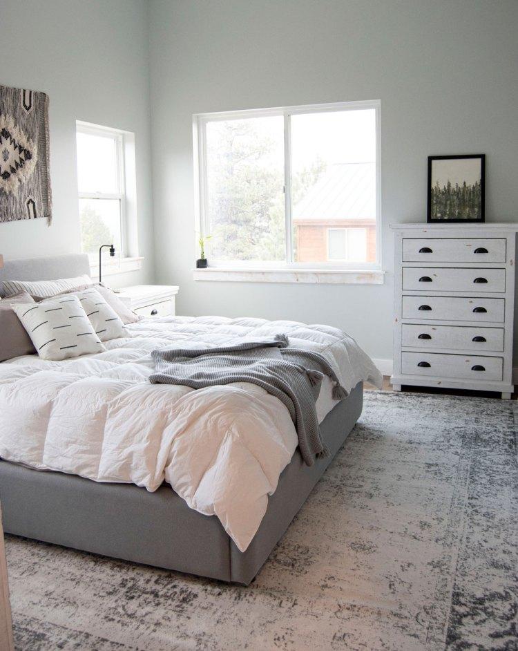 Modern farmhouse master bedroom design. Modern farmhouse master bedroom retreat. Modern farmhouse master bedroom suite. Modern farmhouse bedroom design.