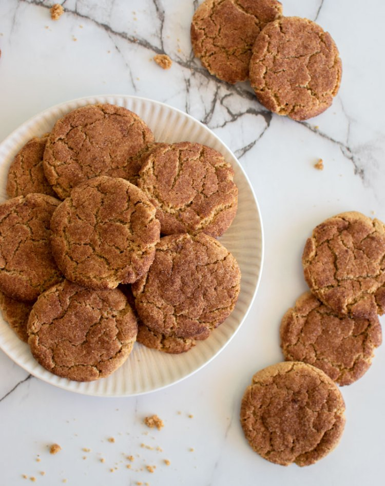 The best easy recipe for snickerdoodle cookies, snickerdoodles, snickerdoodle recipe, snickerdoodle cookies, almond butter, almond butter cookies, easy snickerdoodles, easy cookie recipes, from scratch snickerdoodles, from scratch cookies #snickerdoodles #snickerdoodlerecipes #healthycookies #healthyrecipe #easyrecipes #easycookies