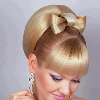 Moldavian Hairdo (hairdresser/photographer unknown