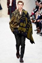 Burberry Prorsum: Is it a scarf? No, it's a plaid!