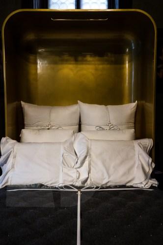 folding bed by nika zupanc