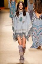 Spring 2015 Prêt-à-Porter: Native American Girl