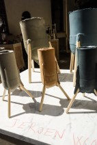Jeroen wand; plaster vase