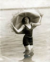 1920s larger hat