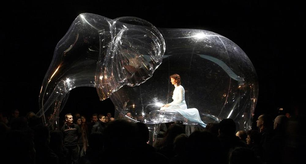 Victorine Muller Performance Artist