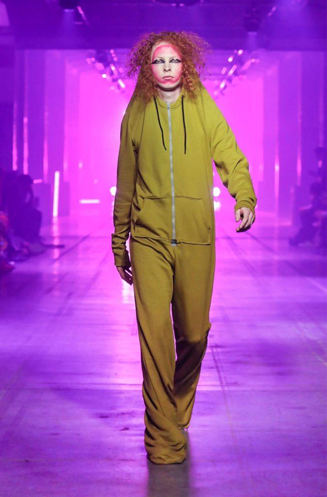 Collectie Arnhem 2019 Unlock, Becoming fashionshow. ArtEZ Arnhem Fashion