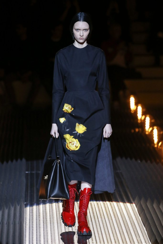 Bright Flowers on a Black Background Fashion Winter 2019