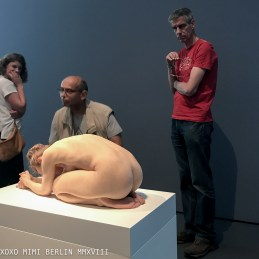 People and Hyperrealism Sculptures at the Kunsthal
