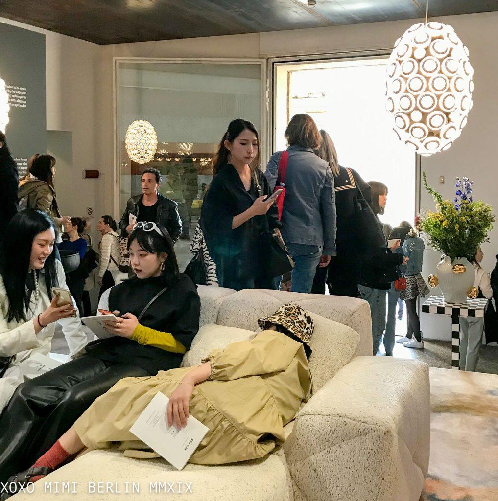 BFF sofa at Moooi. Design Week 2019