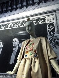 Dress worn by Jackie Kennedy, Notice the brooch(?) on the mannequins head, fun!