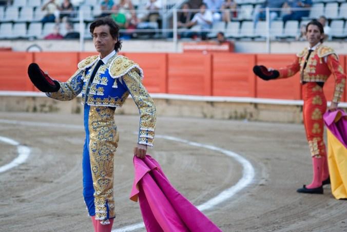 bullfight-389341_1280