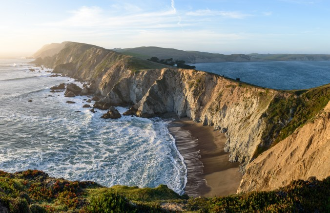 Chimney_Rock_Trail_Point_Reyes_December_2016_panorama