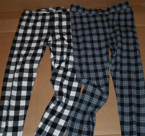Stradivarius checked leggings