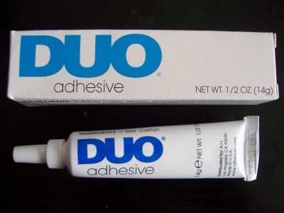 Duo adhesive of Sephora