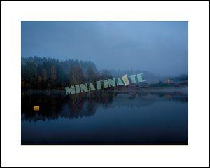 Höstkväll i Norrbotten. Så lugn, så vackert. Köp bilden på minafinaste.se