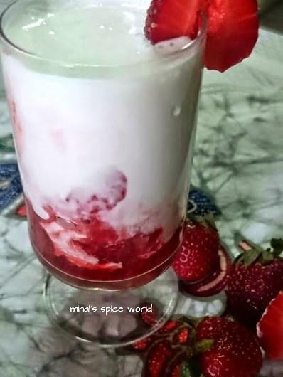 Strawberry cream pudding
