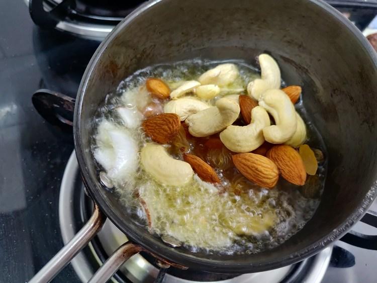 fry dryfruits