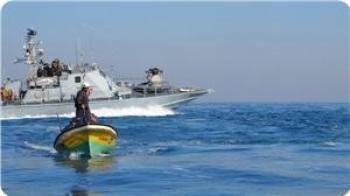 Angkatan Laut Israel sedang patroli di perairan Gaza (Foto: The Palestinian)