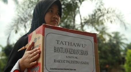 DOOR TO DOOR MUSLIMAH HIZBULLAH GALANG DANA UNTUK GAZA