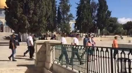 EKSTRIMIS YAHUDI SERBU AL-AQSHA
