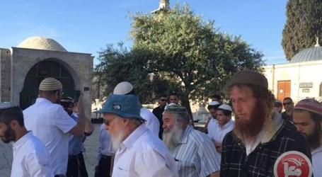 Polisi Israel Perketat Kemanan di Al-Aqsha
