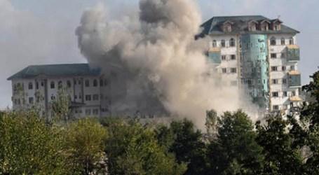 Pertempuran Sengit Terjadi di Gedung Pemerintah Kashmir