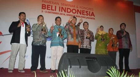 IIBF Berikan Penghargaan pada Enam Orang Berjasa Dalam Program Beli Indonesia