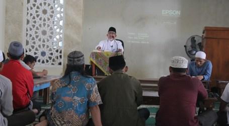 Imaamul Muslimin : Hargai Waktu Agar Beruntung