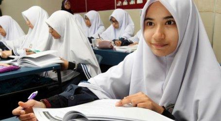 Madrasah Tanamkan Pemahaman Islam Moderat