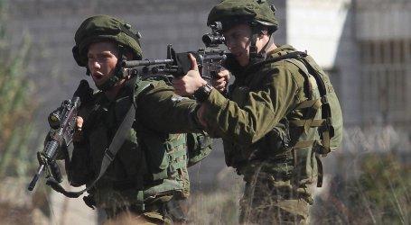 Wanita Palestina Tusuk Tentara Israel